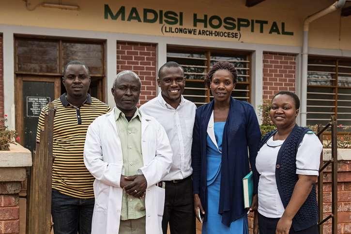 Das Team des Madisi Krankenhauses