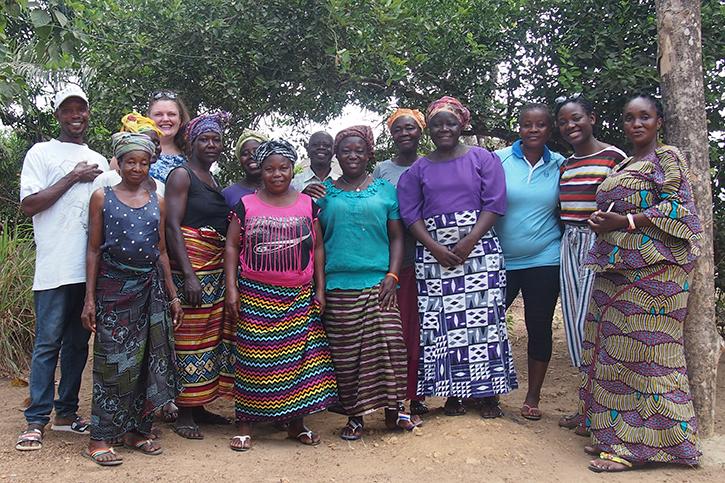 Frauen in Nengbema
