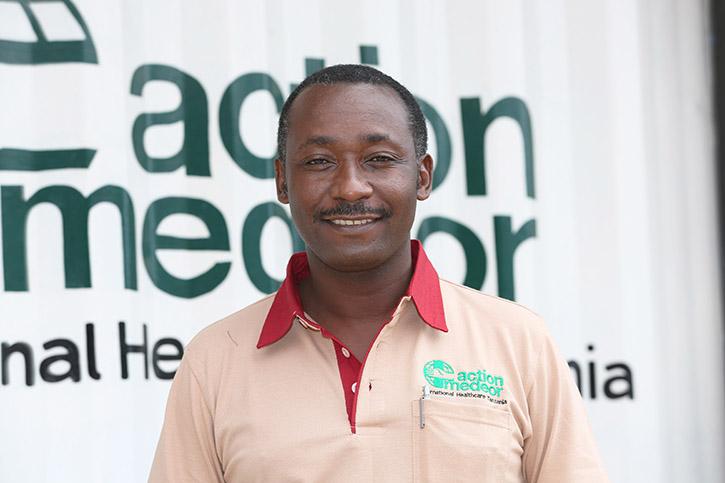Gerald Masuki in Tansania
