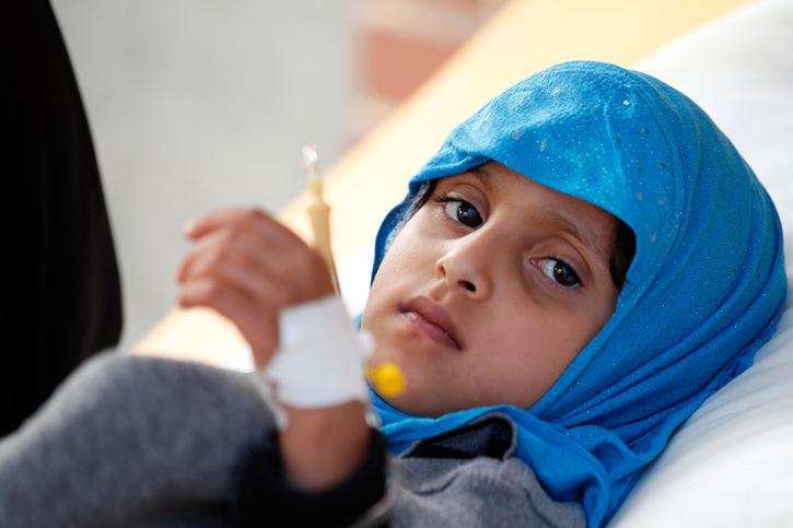 Ein Mädchen in einem Krankenhaus im Jemen